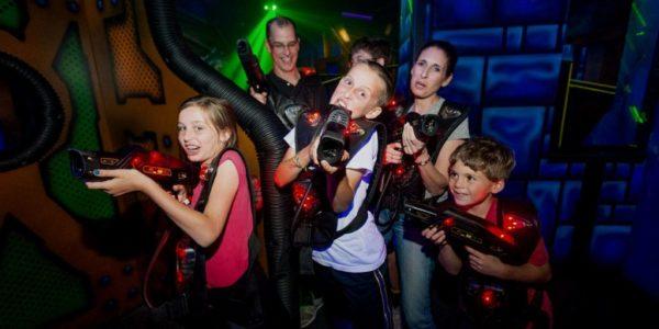 Diversión en familia en Laser Quest
